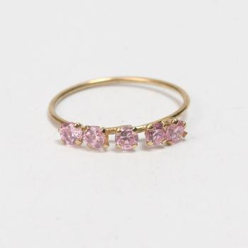 10k Gold 0.47g Ring With Pink Stones