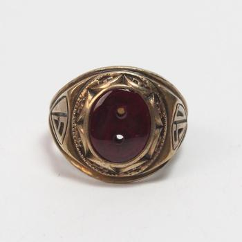 10k Gold 12.98g Class Ring With Red Stone