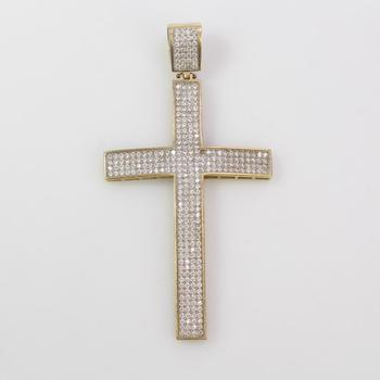 10k Gold 8.14g Cross Pendant With Clear Stones