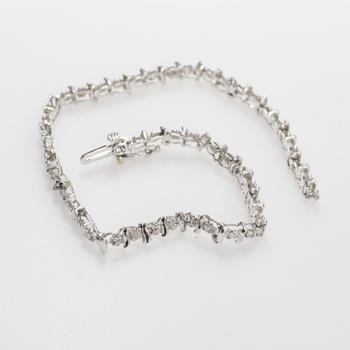 10k White Gold 4.79g Bracelet With Diamond Accents
