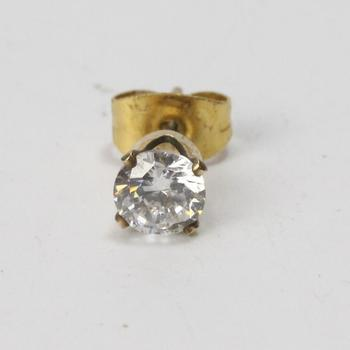 10kt Gold 1g Earring With Clear Stone