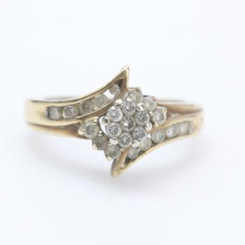 10kt Gold 3g Diamond Ring