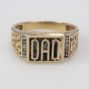 10kt Gold 4.53g Dad Ring With Clear Stones