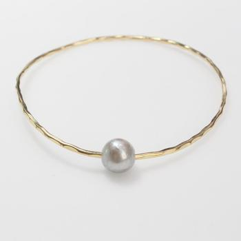 10kt Gold 4.88g Bangle With Pearl Accent