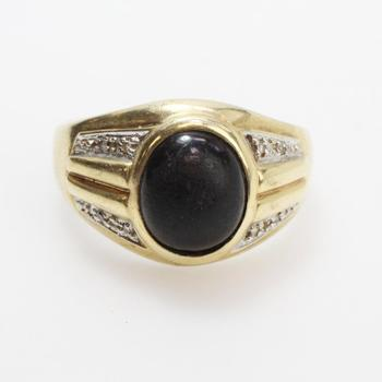 10kt Gold 5g Ring With Diamonds And Black Stone