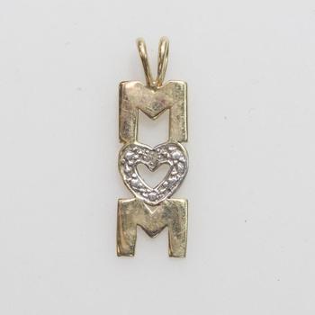 "10kt Gold .66g ""Mom"" Pendant With Diamond"