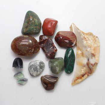 12 Loose Stones