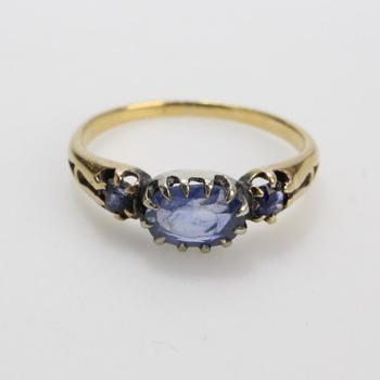 12k Gold 2.36g Ring With Blue Stones