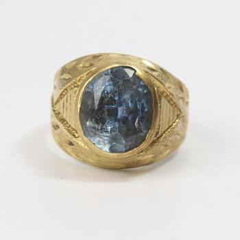13k Gold 6.45g Ring With Light Blue Stone