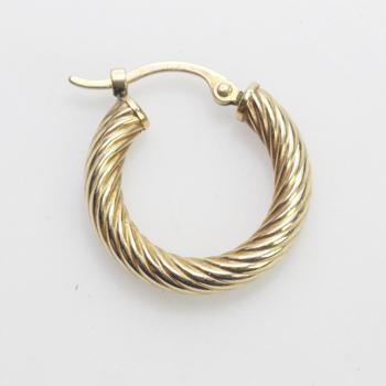 13kt Gold 0.72g Single Hoop Earring