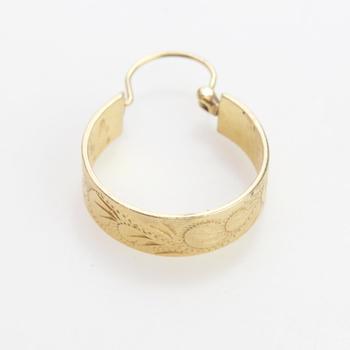 13kt Gold 3.25g Single Hoop Earring