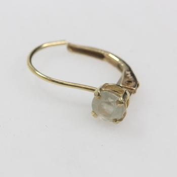 13kt Gold .5g Earring With Clear Stone