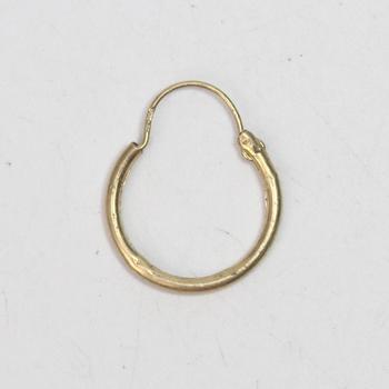 14k Gold 0.39g Earring