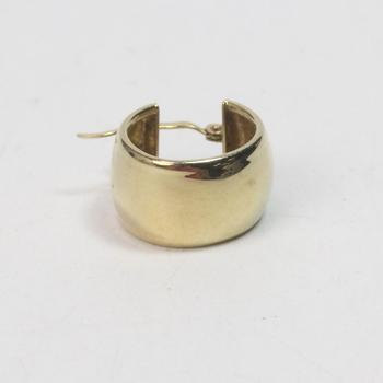 14k Gold 1.16g Earring