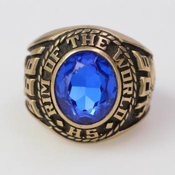 14k Gold 17.59g Class Ring With Blue Stone