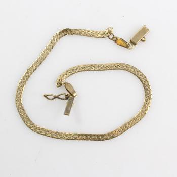 14k Gold 2.56g Bracelet