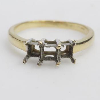 14k Gold 3.53g Ring