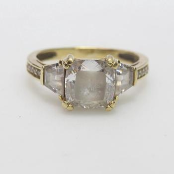 14k Gold 4.05g Ring With Clear Stones