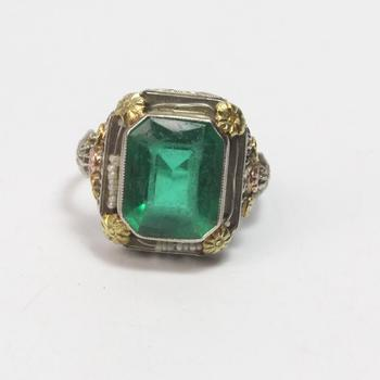 14k Gold 5.05g Ring With Green Stone And Pearl Beads