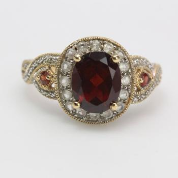 14k Gold 5.58g Ring With Red And Clear Stones