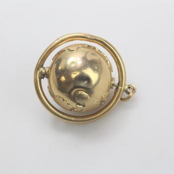 14k Gold 8.50g Globe Pendant
