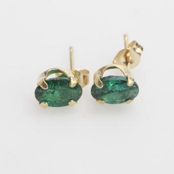 14kt Gold 0.50g Pair Of Earrings With Green Stones