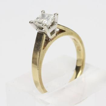 14kt Gold 0.90ct Princess Cut Diamond Ring - Evaluated By Independent Specialist