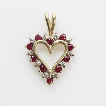 14kt Gold 1.5g Diamond Heart Pendant With Red Stones