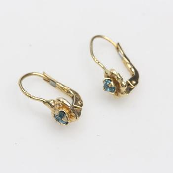 14kt Gold 1.6g Earrings With Blue Stones