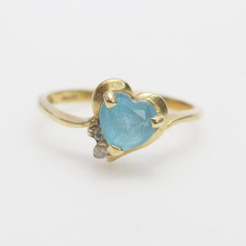 14kt Gold 2g Ring With Blue Stone And Diamonds