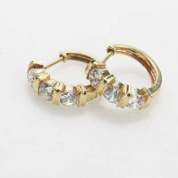 14kt Gold 3.21g Pair Of Hoop Earrings With Clear Stones