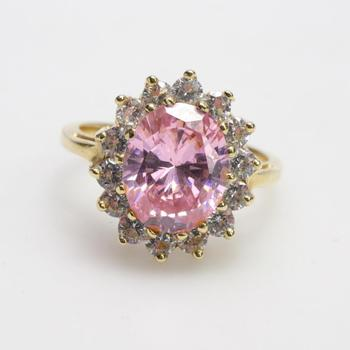 14kt Gold 4.39g Ring With Pink And Clear Stones