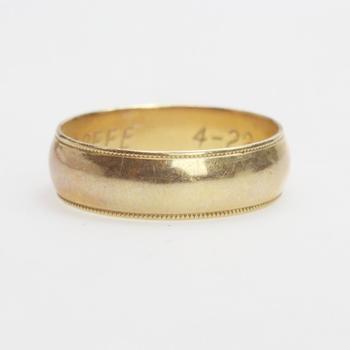 14kt Gold 4.4g Ring