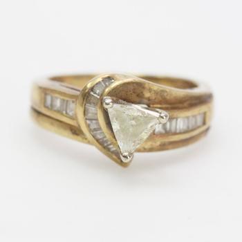 14kt Gold 4.8g Diamond Ring