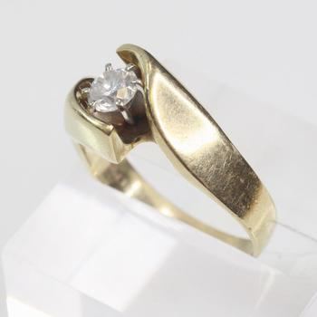 14kt Gold .60ct TW Diamond Ring
