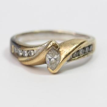 14kt Gold 6.8g Ring With Diamonds