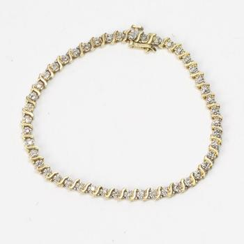 14kt Gold 8g Bracelet With Clear Stones