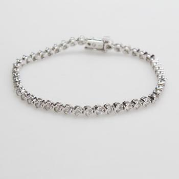 14kt White Gold 10.68g Bracelet With Diamond Accents