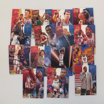15 USA Basketball Fleer Sports Cards