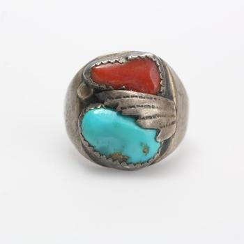 16.24g Silver Ring With Red And Blue Stones