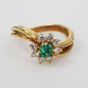18k Gold 4.96g Ring With Diamonds And Green Stone