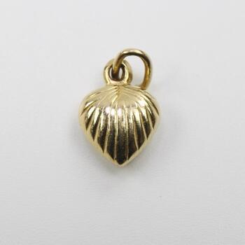 18kt Gold Textured Puffy Heart