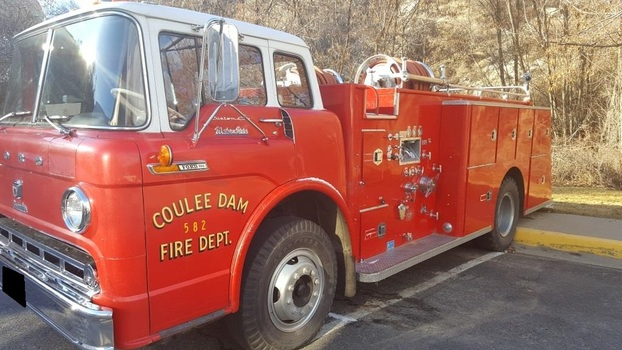 1968 Ford F800 Fire Truck (Coulee Dam, WA 99116)