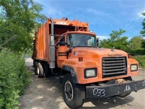 1992 Mack 600 (brookl, ny 11214)