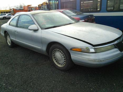 1993 Lincoln Mark VII (Hartford, CT 06114)