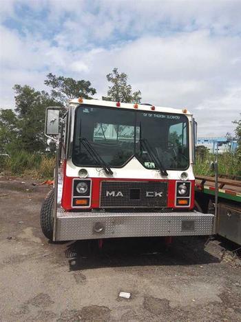 1993 Mack Mr688P (Brooklyn, NY 11214)