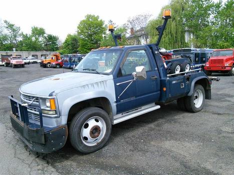 1994 Chevrolet K-3500_HD Wrecker (Hartford, CT 06114)