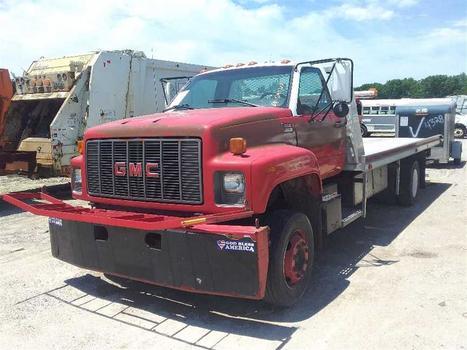 1997 GMC C6500 (Medford, NY 11763)