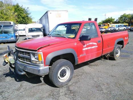 1998 Chevrolet K2500 (Hartford, CT 06114)