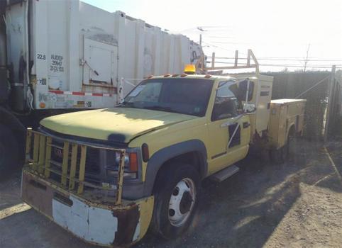 1998 GMC R&C3500 Drw (Medford, NY 11763)